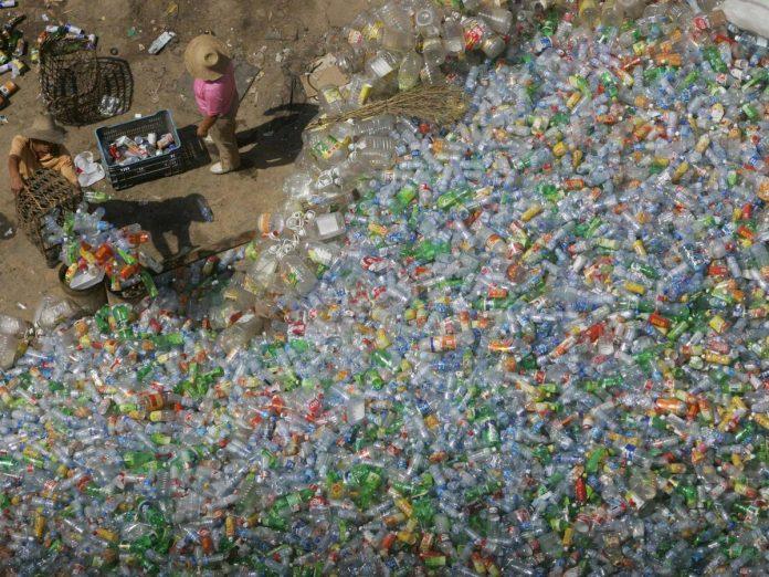 香港废品回收_中国停止进口塑料废品 英国面临垃圾危机 - Capital Asia Magazine ...